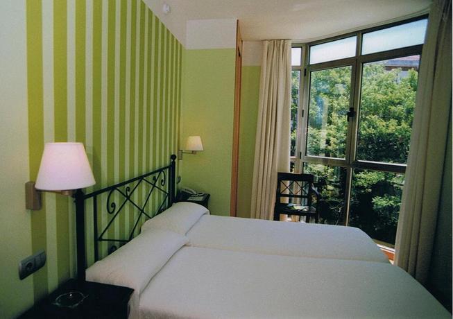hotel concha suances: